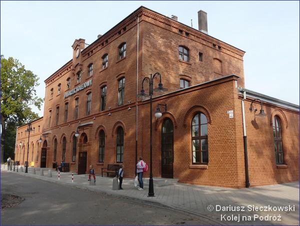 Pszczyna - budynek dworca