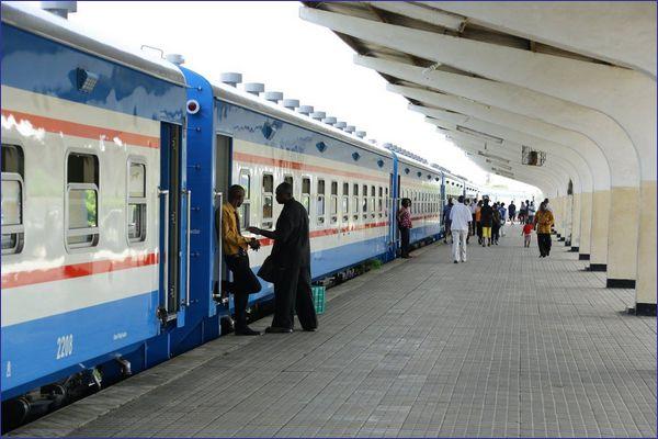Nowe wagony TAZARA (źródło: mat. prasowe TAZARA)