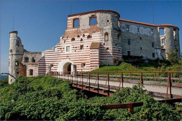 Janowiec Ruiny