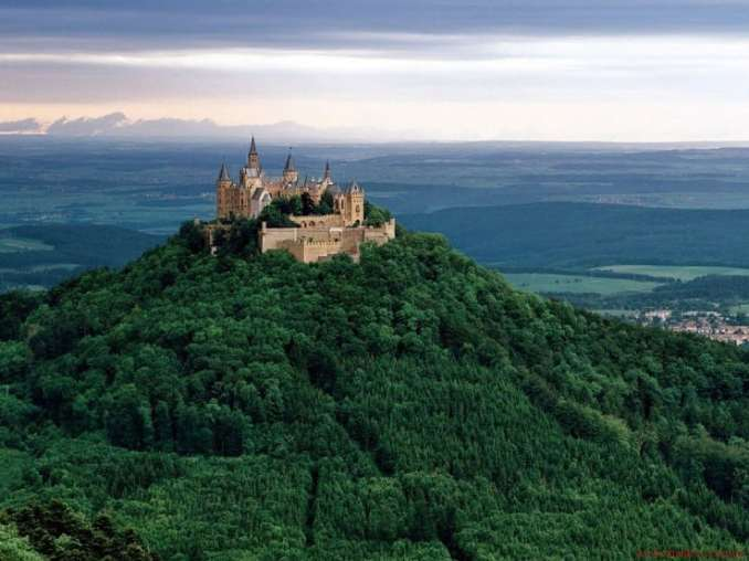 Замок Гогенцоллерн, Німеччина