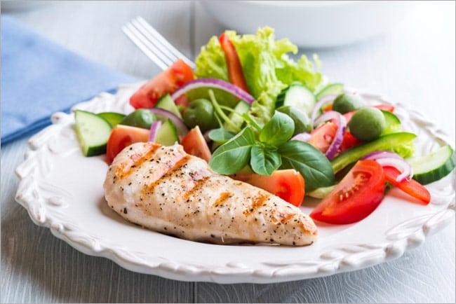 Чому потрібно їсти менше м'яса
