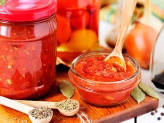 Соус з помідорів на зиму — смачна заправка до будь-якої страви