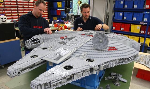 Топ-5 самих великих конструкторів ЛЕГО