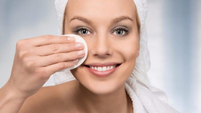 Краса у будь-яку пору року: секрети догляду за шкірою обличчя взимку