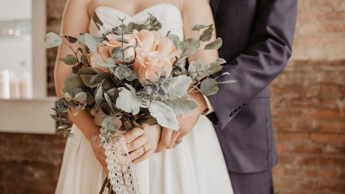 Що потрібно знати при виборі весільного фотографа?
