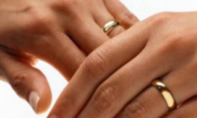 Якщо у вас на пальці обручка — це ще нічого не означає. Прочитайте і запам'ятайте