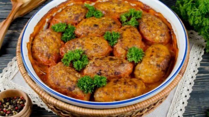 300 грам фаршу, кілограм капусти і одна морквина: проста, але ситна вечеря готова!
