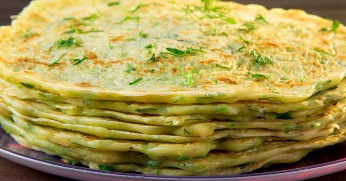 Капустяні млинці на сковороді — з найпростіших інгредієнтів і замішуються на воді