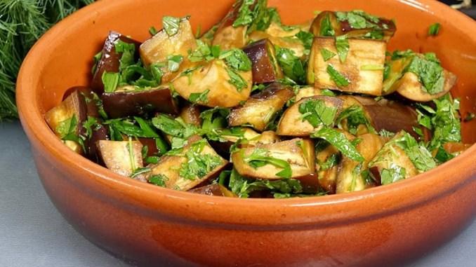 15 хвилин і смачна закуска готова: мариновані баклажани в кисло-солодкому соусі