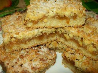 Тертий пиріг з яблуками. Простий бюджетний пиріг, мій улюблений!