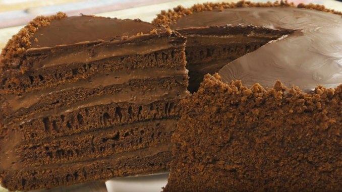 НА СКОВОРОДІ! Супер шоколадний торт, який легко готувати!
