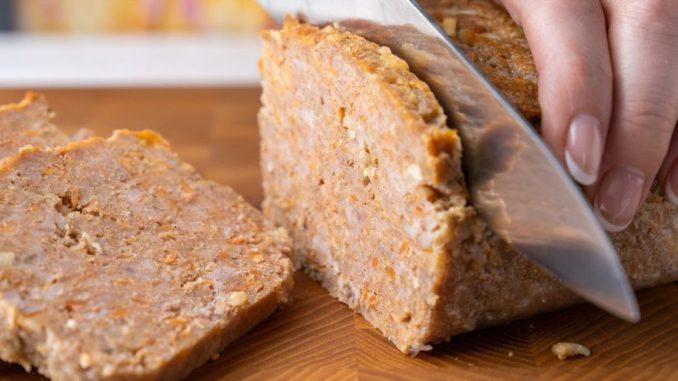 Готую замість котлет і ковбаси: м'ясний хлібець з фаршу за лічені хвилини!