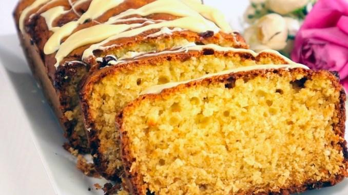 Вологий та дуже смачний кекс на кефірі з кокосовою стружкою. Швидка випічка до чаю!