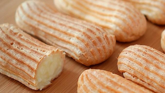 Мій улюблений десерт: еклери виходять хрусткі з веркшовим смаком! Простий рецепт еклерів в домашніх умовах