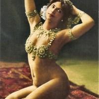 МАТА Хари- танцовщица,куртизанка и шпионка.(ФОТО).