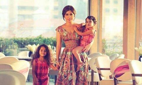 شيرين عبد الوهاب وابنتيها3