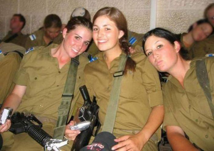 مجندات الجيش الإسرائيلي