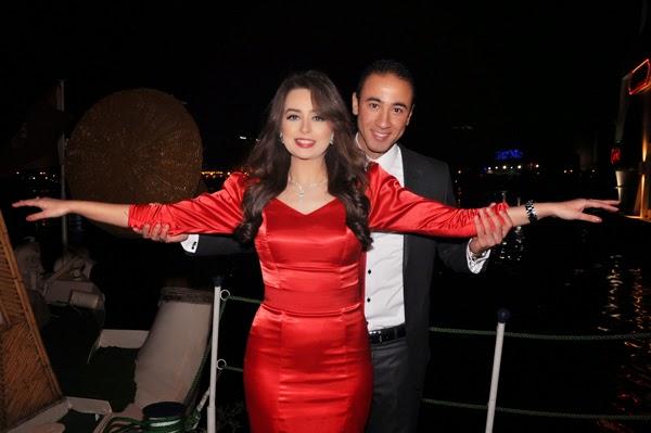 هبة مجدي وخطيبها السابق