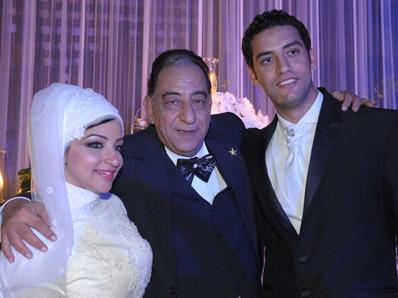 احمد راتب وابنته المحجبة