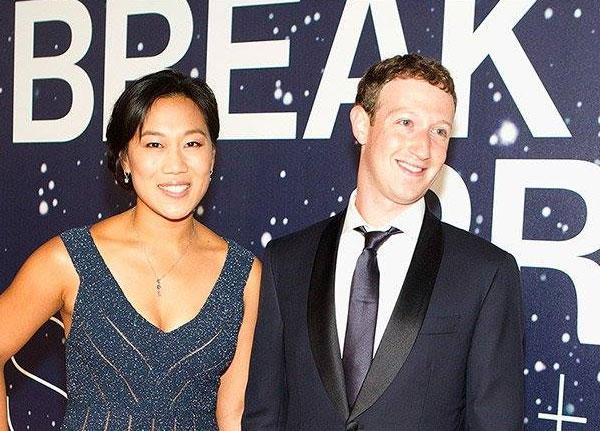 مارك زوكربيرج وزوجته