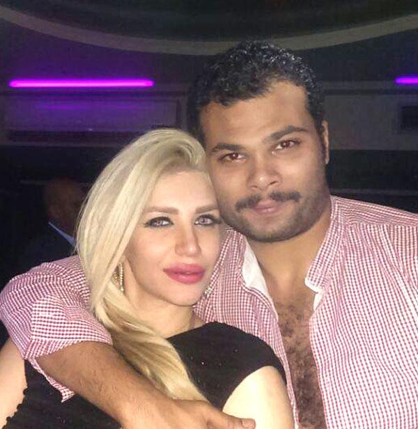 سارة نخلة وزوجها احمد عبدالله محمود