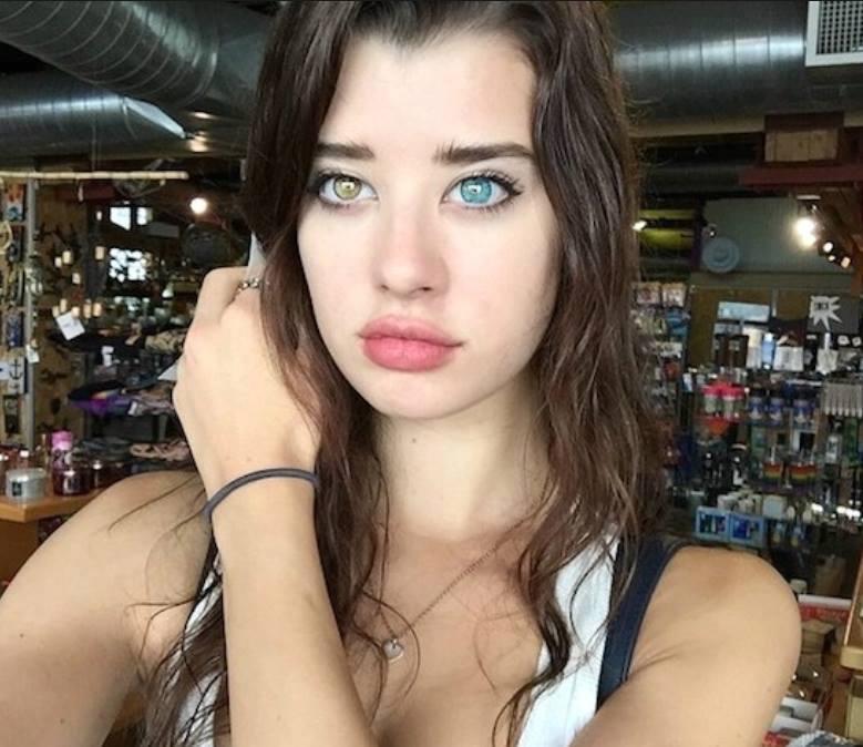 سارة مكدانيل (6)