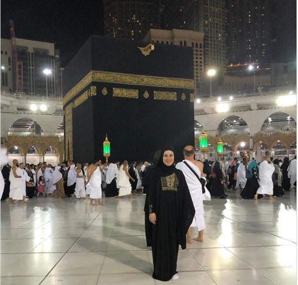 أول ظهور للفنانة شيري عادل بعد نجاتها من حادث سيارة كاد أن يودي بحياتها 1 30/1/2018 - 11:52 م