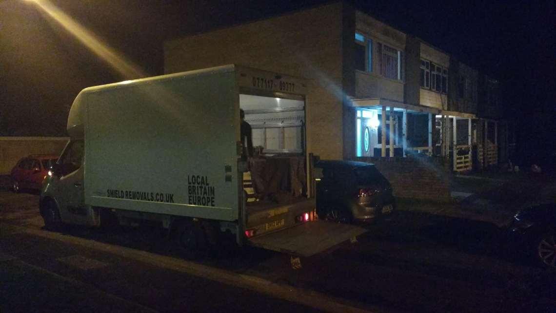 Költöztetés Removals Uxbridge koltoztetesangliaban.co.uk