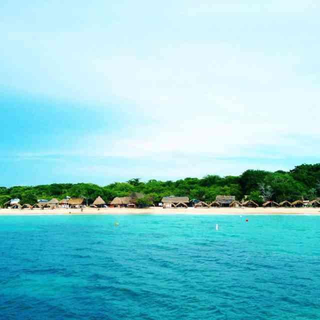 Playa Blanca, Isla Baru