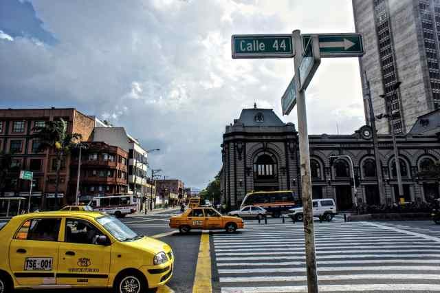 taxis und bus Centro Medellin