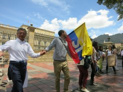 marcha-estudiantil-por-la-paz-bogota-05-09-2016-083