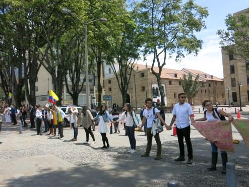 marcha-estudiantil-por-la-paz-bogota-05-09-2016-094