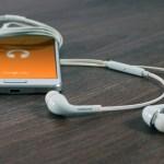 これなんて曲?カフェやお店で流れている音楽を調べる方法とは?