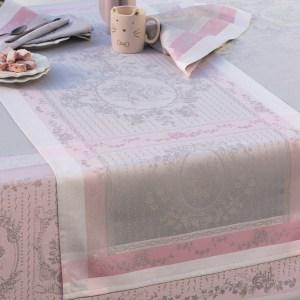 ガルニエ・ティエボー リサンドラ ローズ テーブルランナー