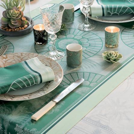 ガルニエ・ティエボー セールロワイヤル エンパイアグリーン テーブルランナー