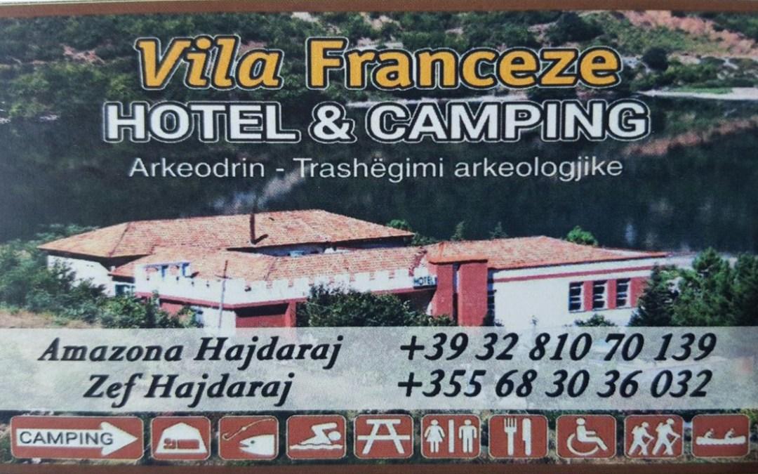 Hotel / Kamping ne Koman