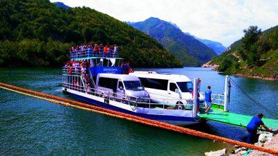 Ferry Berisha in Koman Lake (19)