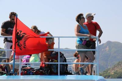 Ferry Berisha in Koman Lake (21)