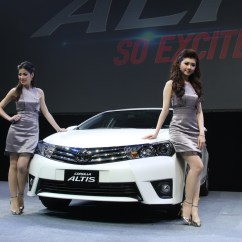 All New Corolla Altis Perbedaan Grand Avanza E Dan G 2018 11th Generation Toyota Launched Komarjohari 08