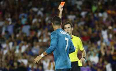 Cristiano Ronaldo Shoves Official After Being Sent Off Vs. Barcelona