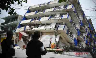 170908 mexico earthquake 4 ew 326p e9ba9d74ca848450704463d0efc087fc.nbcnews ux 2880 1000