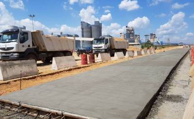 Dangote To Complete Nigeria's Longest Concrete Road Project December