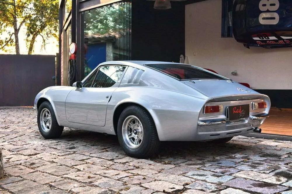 Classic cars from Brazil: Puma, VW SP2, Kombi T1, .......