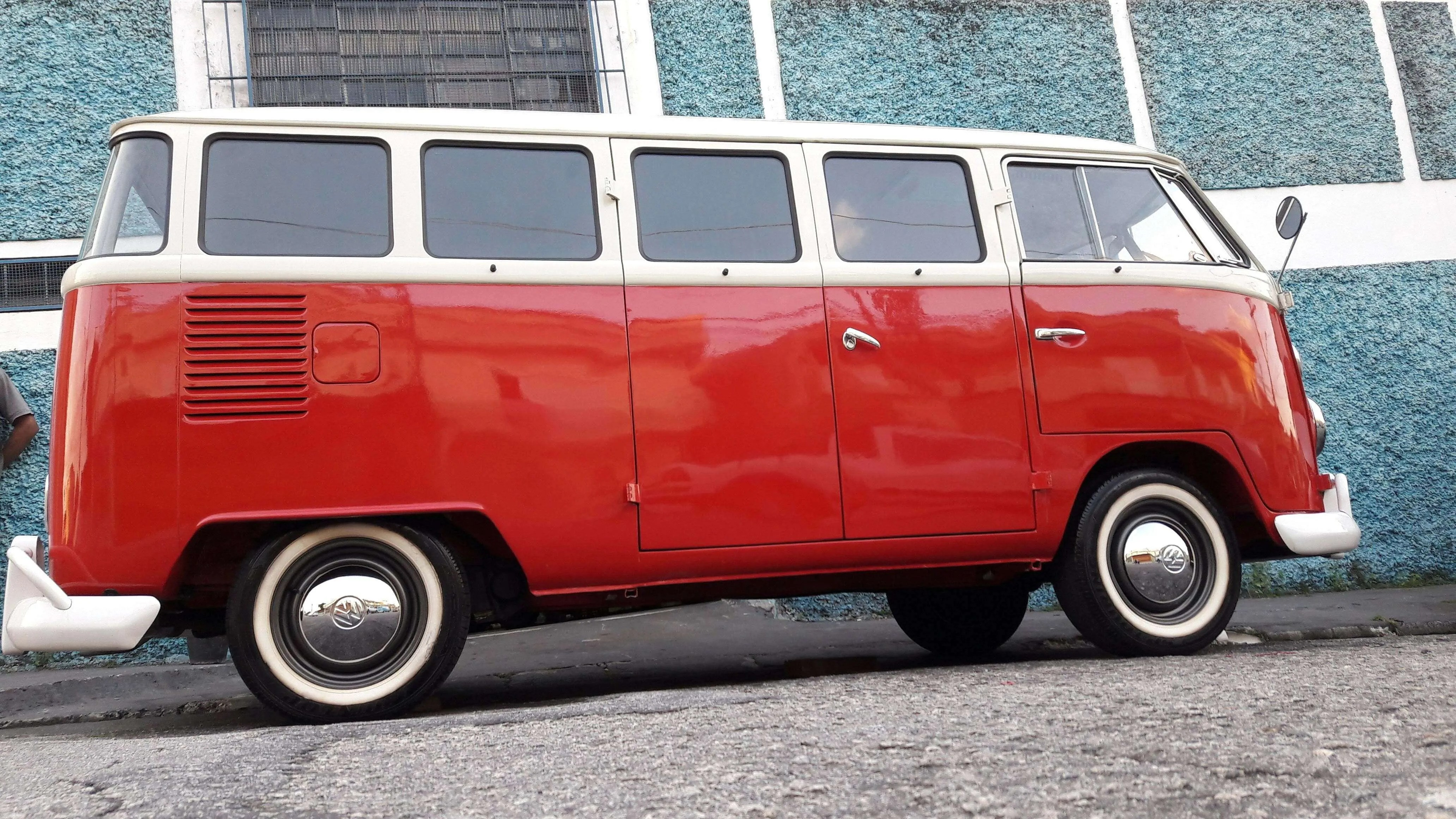 Kombi 1975 – EUR 25.456 – Incl shipping to Rotterdam & taxes paid
