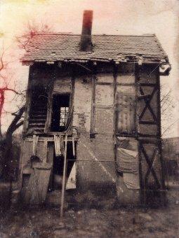"Sven Jankowski ""Haunted House"""