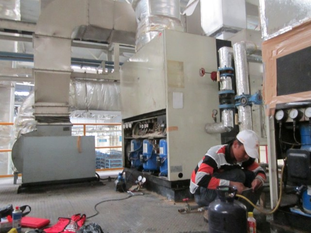 Relokasi Compressor reciprocating 10 PK