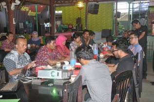 Pers Media Gathering