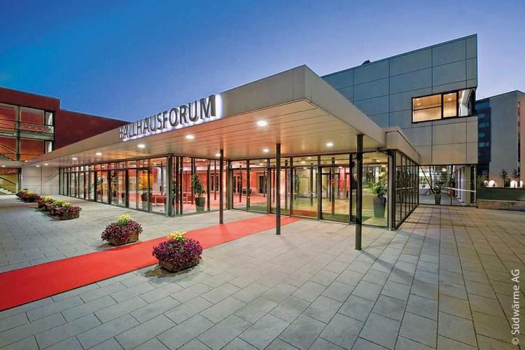 Das Ballhausforum der Stadt Unterschleißheim wird seit 2007 von der Südwärme mit Energie versorgt.