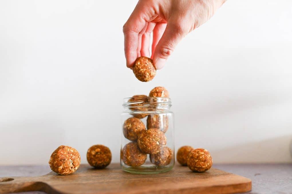 Rezept für Karottenkugeln und unsere Liebe zu Haferflocken
