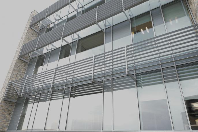 окна алюминиевые CS104